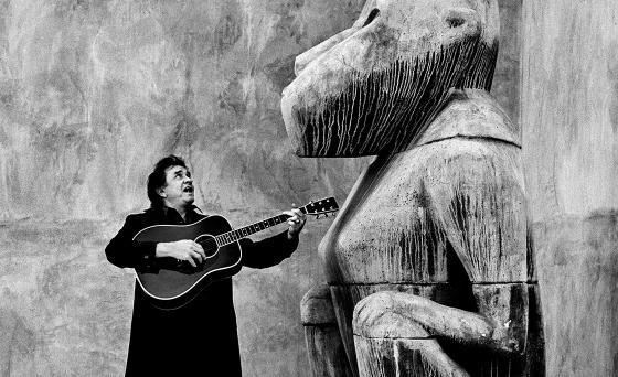 560w-s_Johnny-Cash-Los-Angeles-1993-Copyright-Anton-Corbijn-00.tiff.jpg (560×342)
