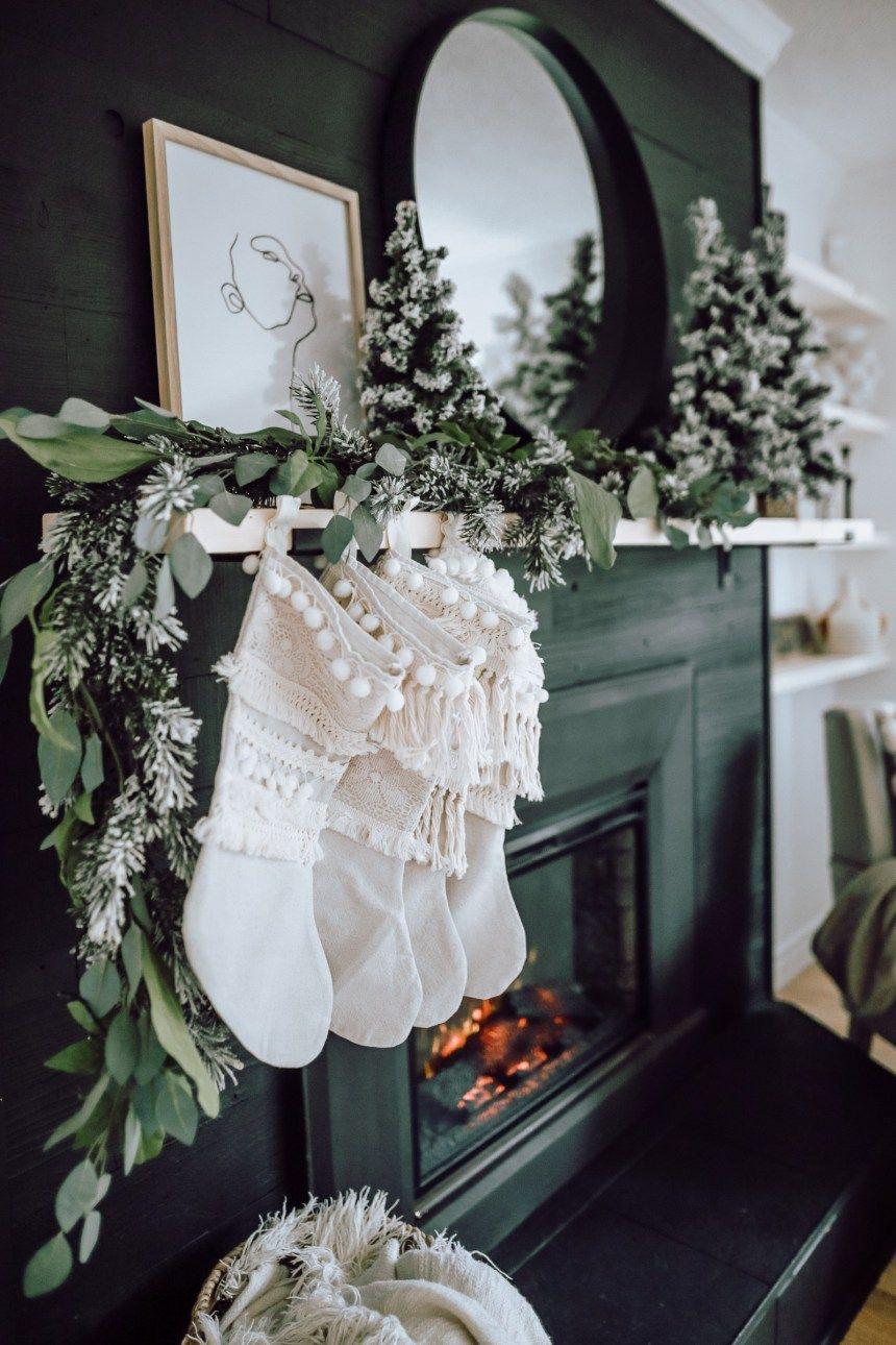 Photo of A Modern Christmas Living Room – Jessica Sara Morris