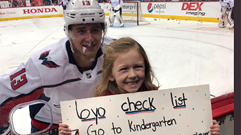 Vrana Helps Young Capitals Fan Complete Checklist By Posing For Selfie Capitals Hockey Hockey Baby Washington Capitals Hockey