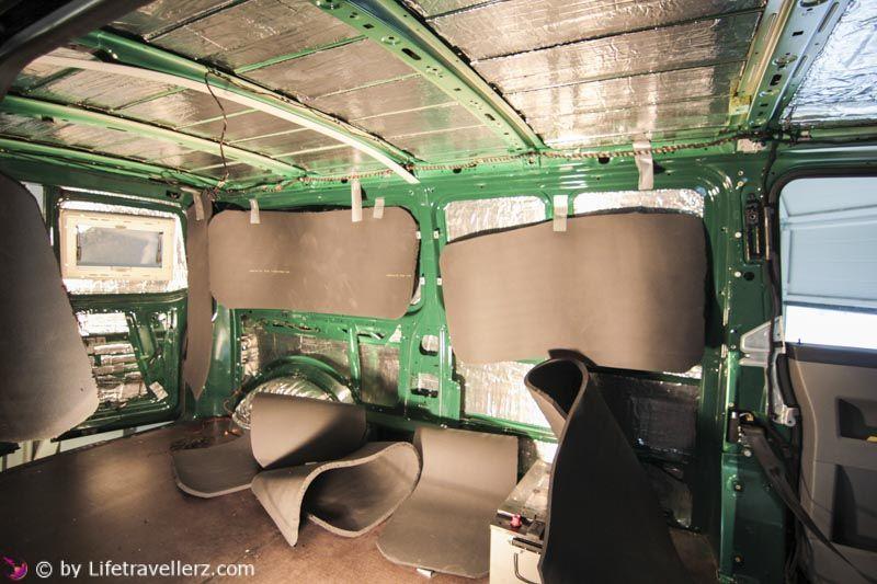 vw t5 ausbau teil 6 w rmed mmung bus bauen pinterest vw t5 campingbus und camping. Black Bedroom Furniture Sets. Home Design Ideas