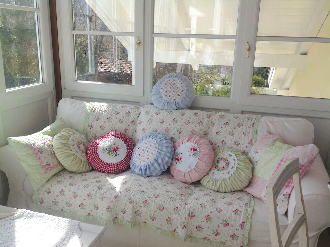 for pillows styles romantic decor pillow ideas shabby shab marvelous popular a vintage and chic bedroom decorative