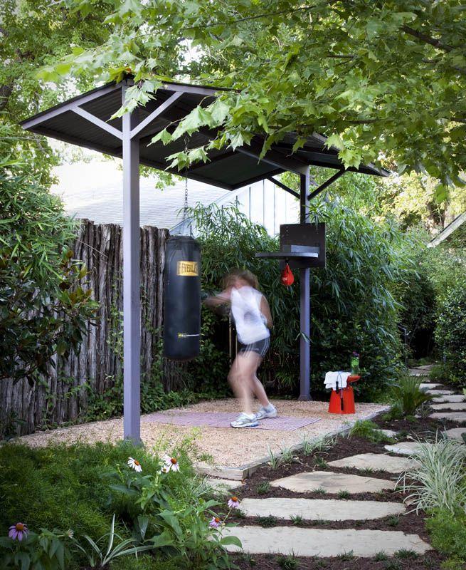 Outdoor gym area! obstacle course home gym design diy home gym