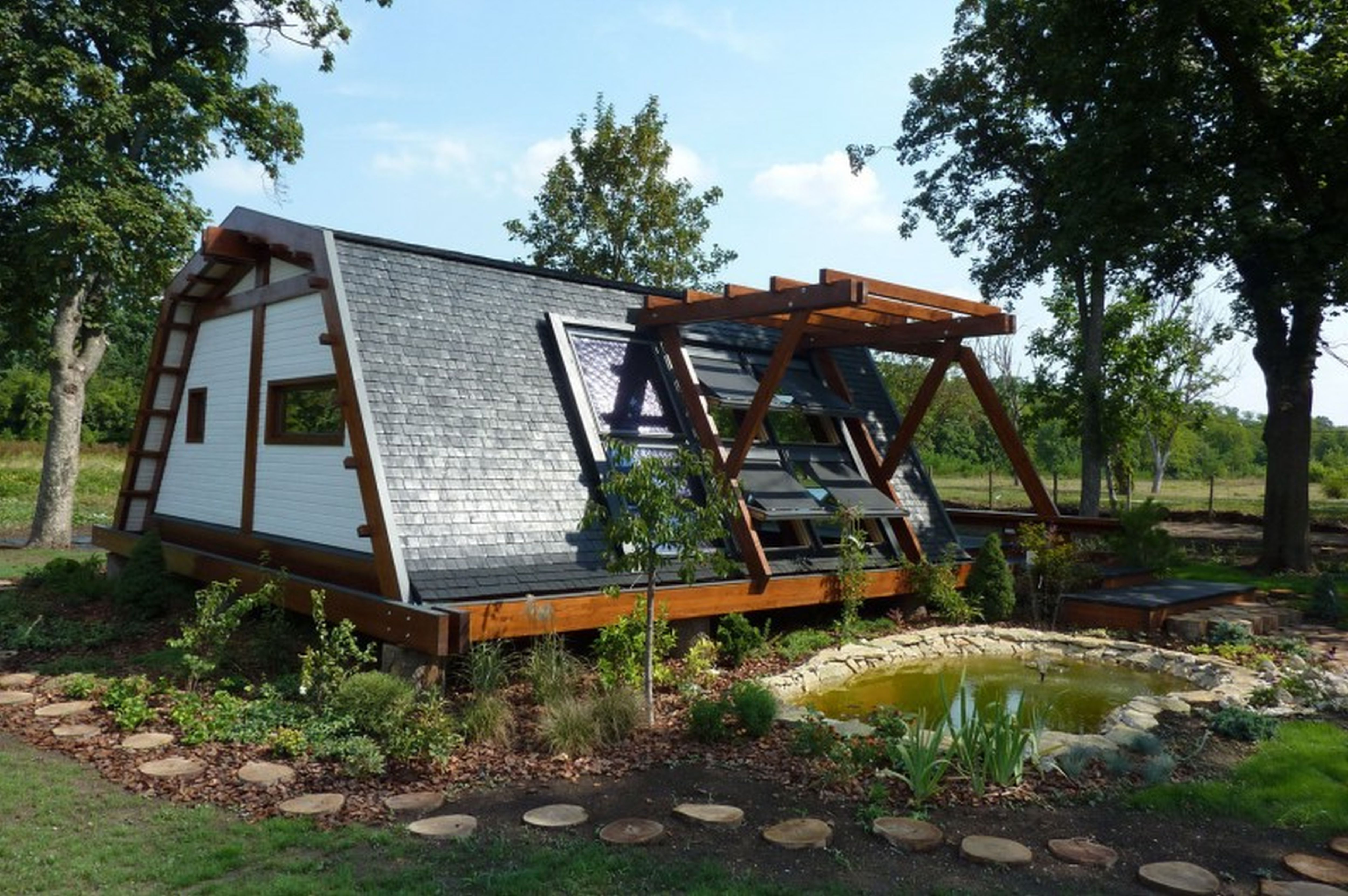 exterior tiny self sustainable home exterior tiny self sustainable