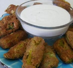Crispy Fried Pickles: A Southern-style fair favorite.