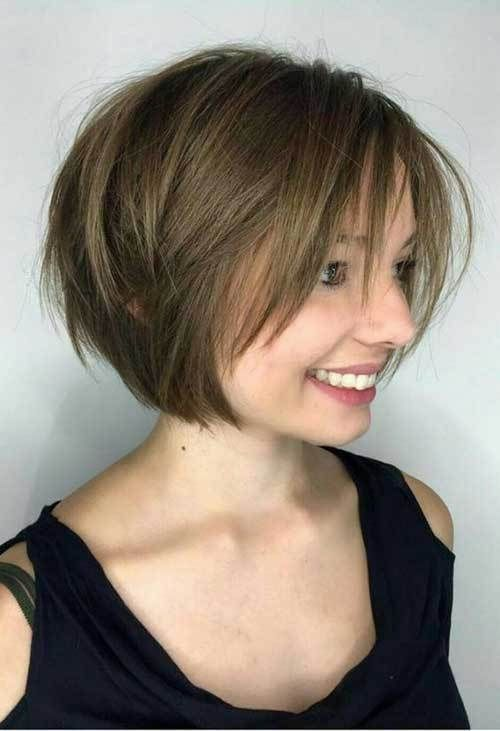 Short Layered Haircuts Are The Best Back It Comes To Giving Some Appearance And Arrange Bob Haircut For Fine Hair Bob Hairstyles For Fine Hair Hair Styles 2017