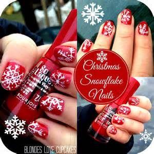 hope you like these simple Christmas themed nails… I've got a ...
