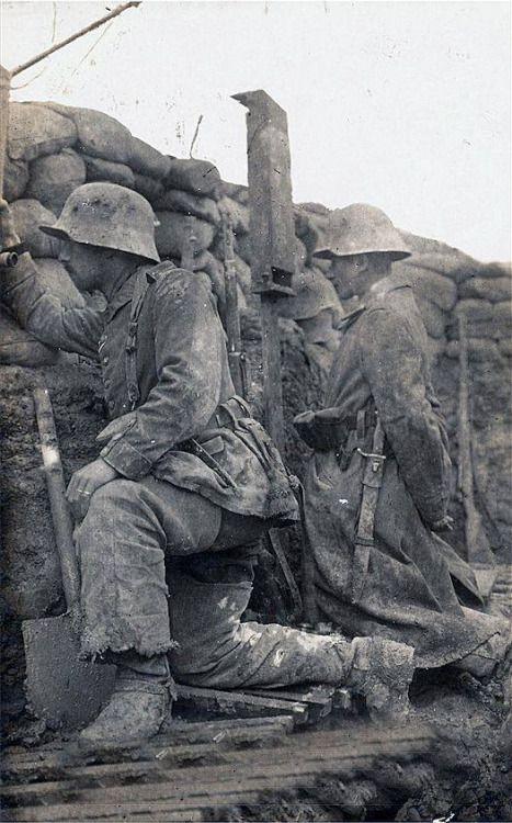 "bearenhunger: "" Deutscher Graben an der Westfront 1916 """