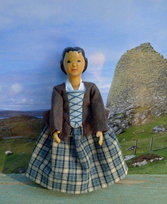 Handmade Scottish Tam Hat Outlander Highlander blue green tan plaid