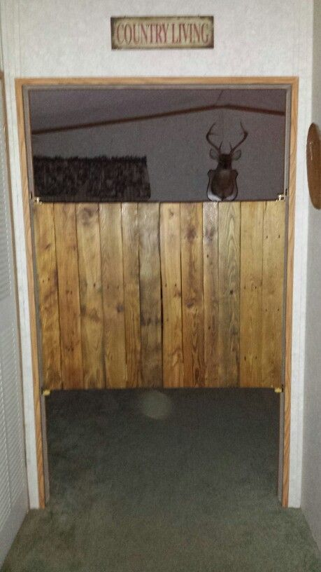 Saloon Doors Made From Wood Pallets Cafe Door Diy Barn