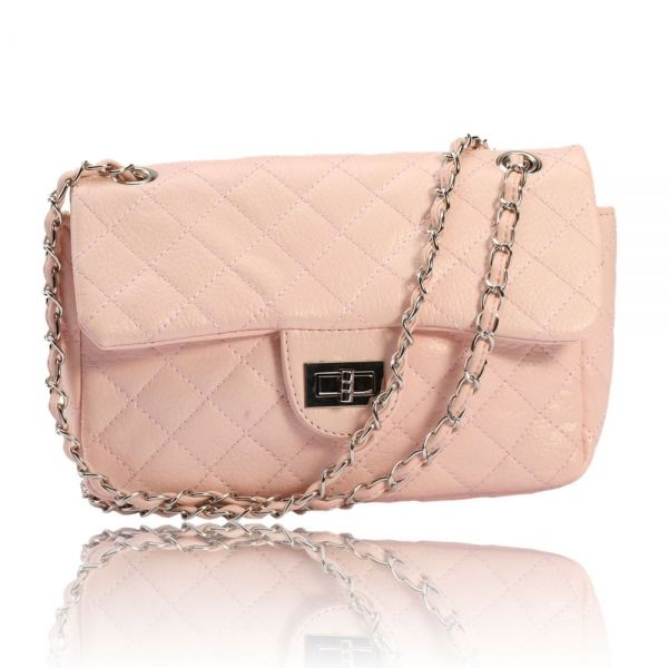 8bea6a3fb2b Nice and chick! Pink Clutch! | Clothes and Accessories to die for ...