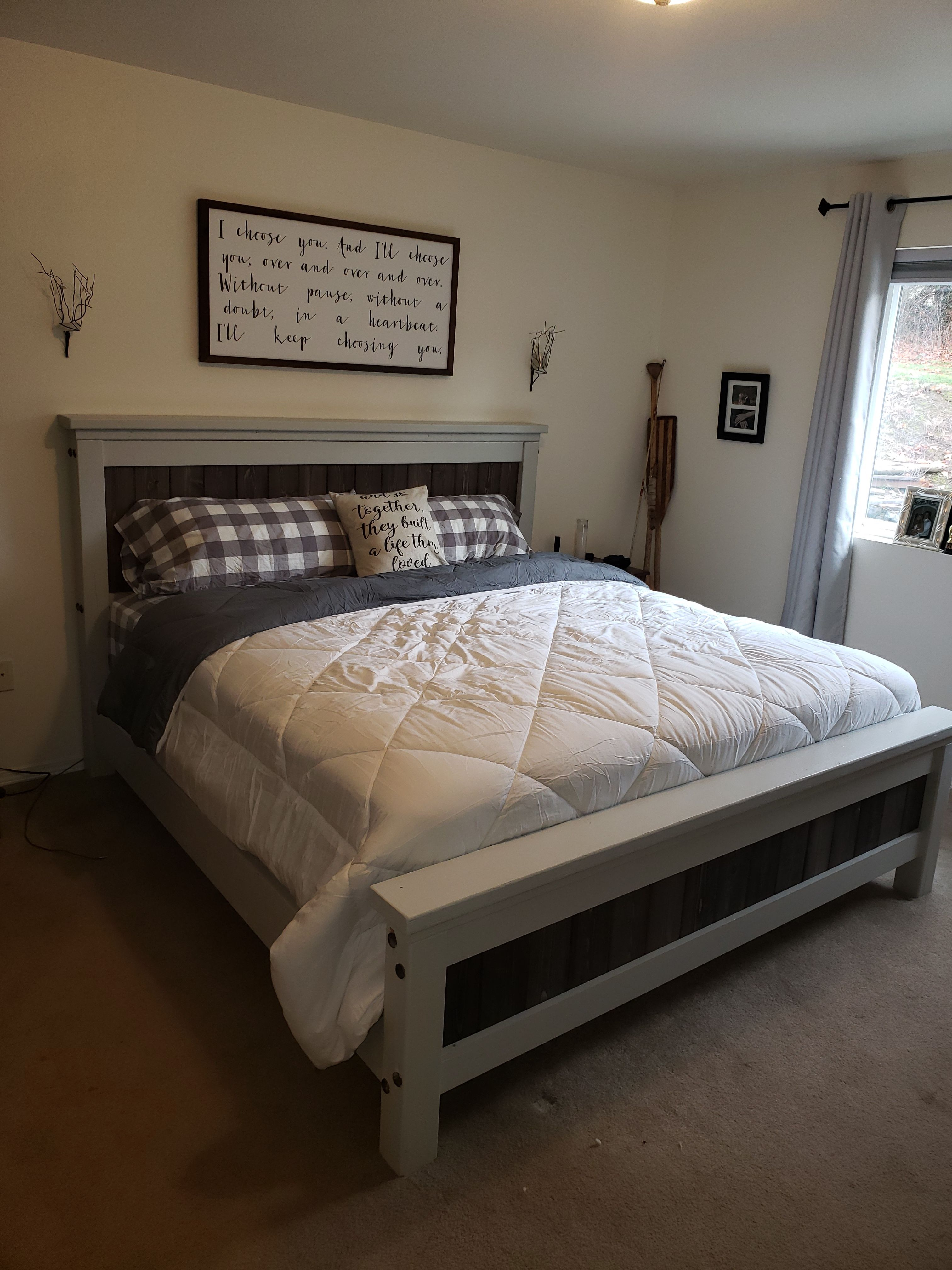 Diy farmhouse bed queen version bed bed plans rustic