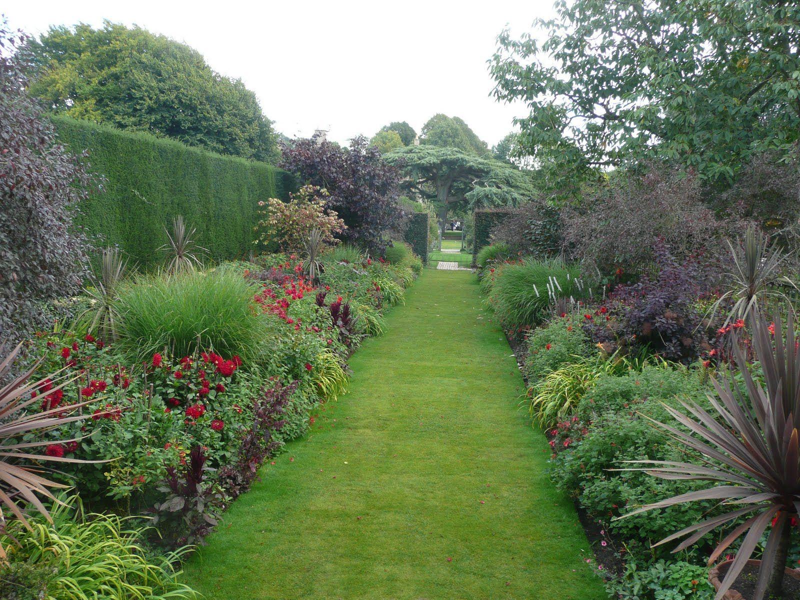 Lucy Ann White Hidcote And Gardens Landscape Borders Landscape Design Landscape