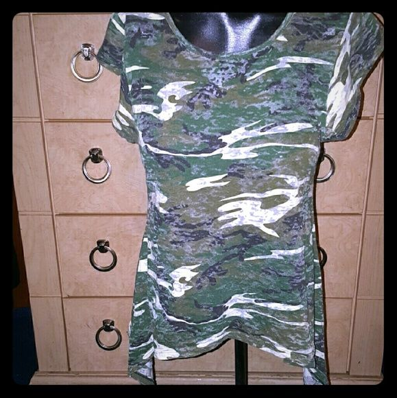 Army top Dark green good condition! Tops Tees - Short Sleeve