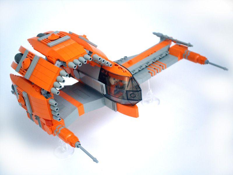. Spaceship   LEGO
