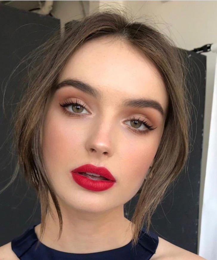 Natural Eye Red Lip Hair Makeup Red Lip Makeup