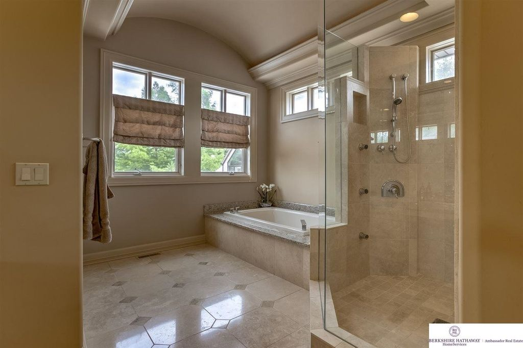 Traditional Master Bathroom with High ceiling, Crown molding ...