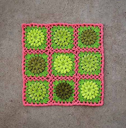 fresh colors - the block pattern is for free (from ravelry)