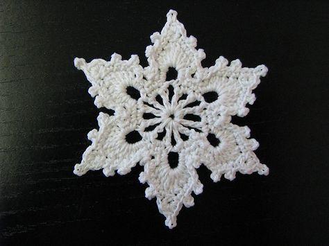 Gratis hæklet snefnug mønster.. | 「Tattoo,Zen/Gem/Tangle,Sewing ...