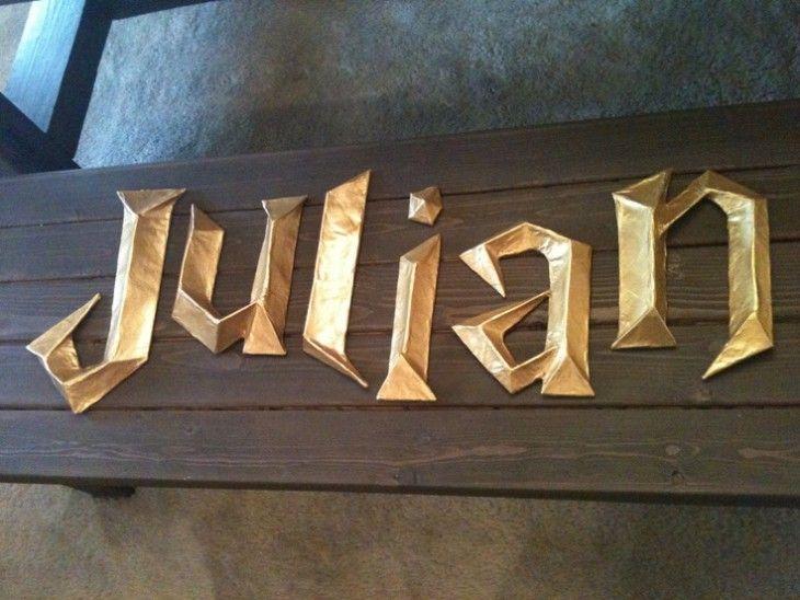 Nombre Julian hecho con la fuente de la letra de Harry Potter