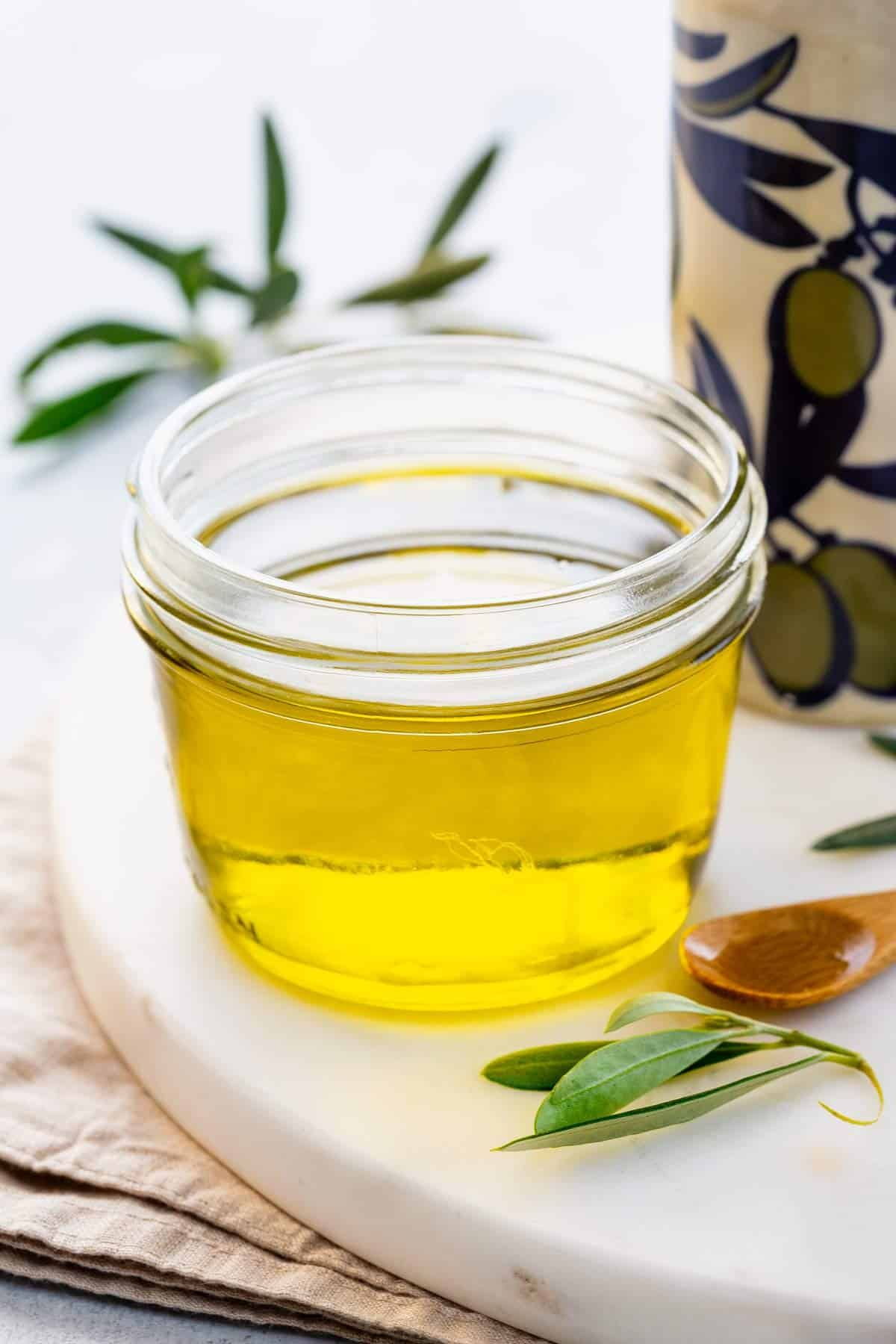 Olive Oil Benefits In Health And Cooking Olive Oil Benefits Oil