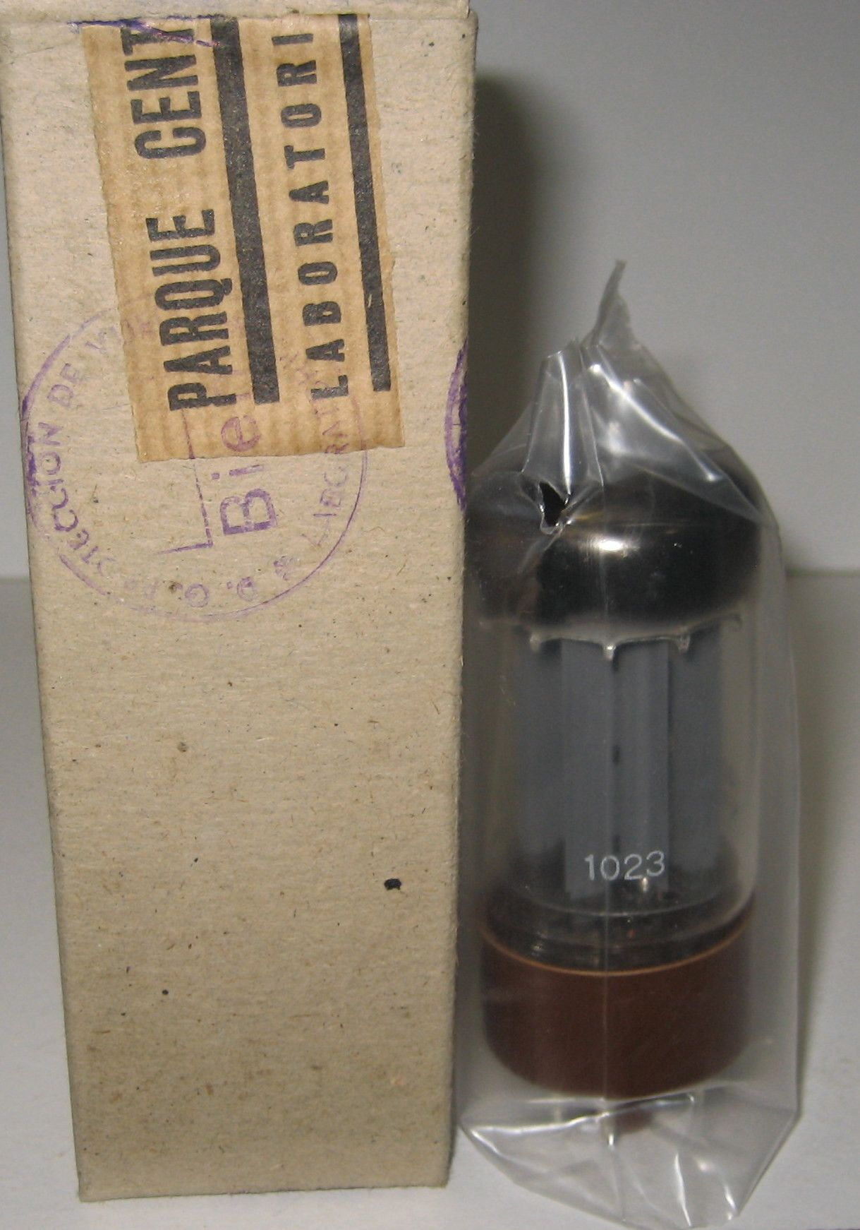 1 5AR4 from 1959) GZ34=5AR4 Miniwatt Holland brown base NOS 195