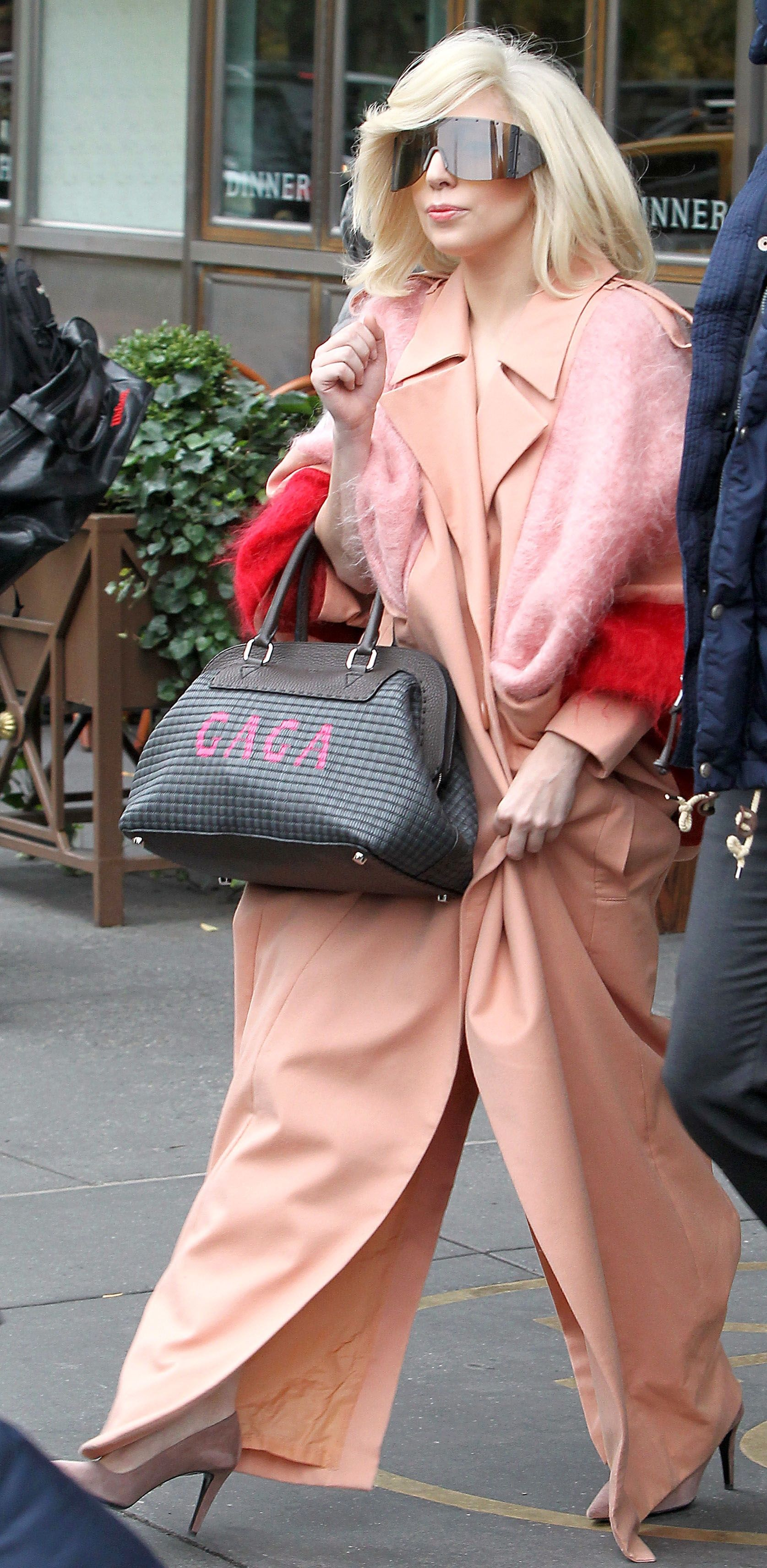 96f404e5da Lady Gaga with her customized Fendi Adele bag