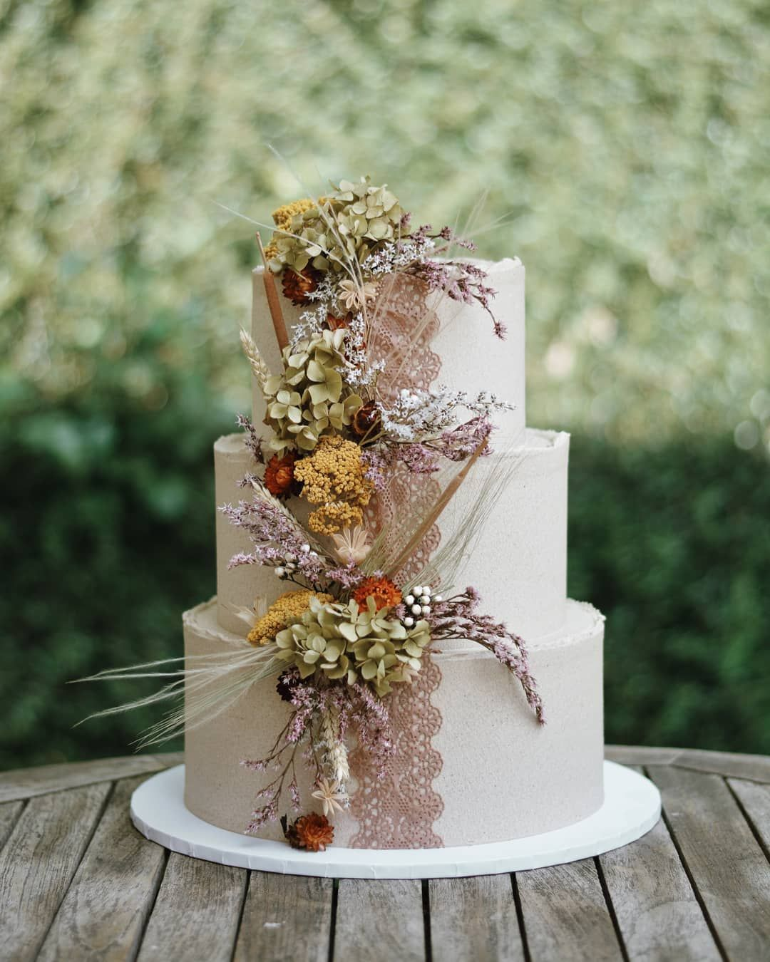 "Emazing Creations on Instagram ""Beige rustic cake with"