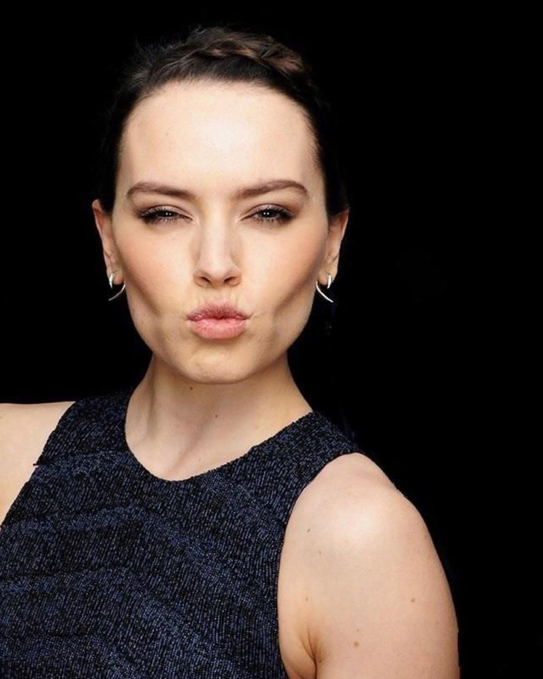 """Daisy Ridley ♡ on Instagram """"When I feel comfortable, I"""