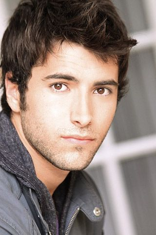 Freddie Smith Days Of Our Lives Http Www Imdb Com Name Nm2887134 Brown Hair Brown Eyes Guy Brown Hair Brown Eyes Brown Eyes Black Hair