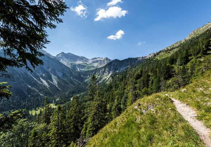 Kenzenhutte Hochplatte Wanderung Komoot In 2020 Partnachklamm Mittenwald Zugspitze