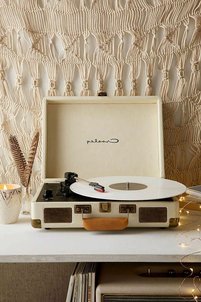 tourne disque vintage tourne disque vinyl l gant. Black Bedroom Furniture Sets. Home Design Ideas