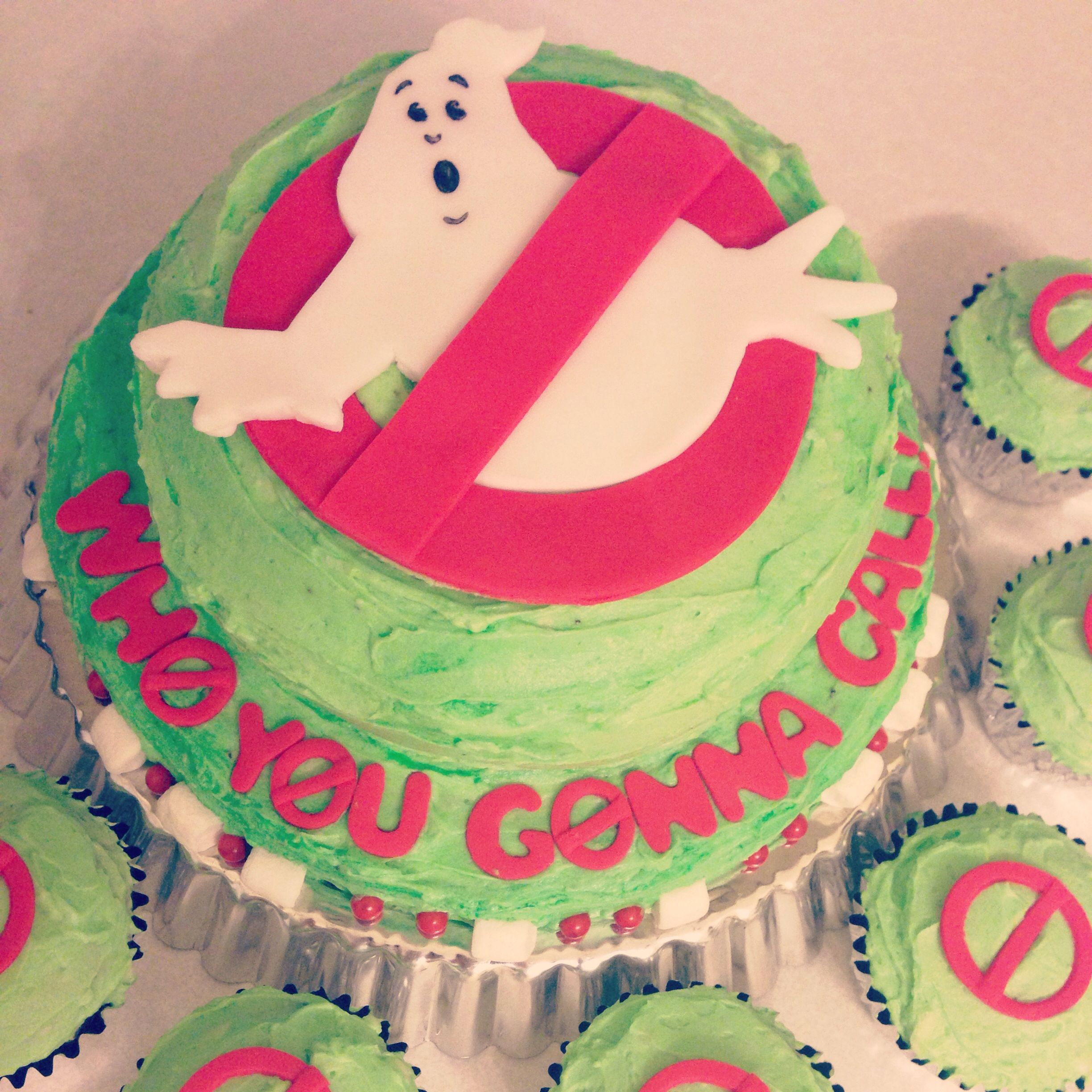 Kuchen Party Ghostbusters Cake And Cupcakes Birthday Ideas