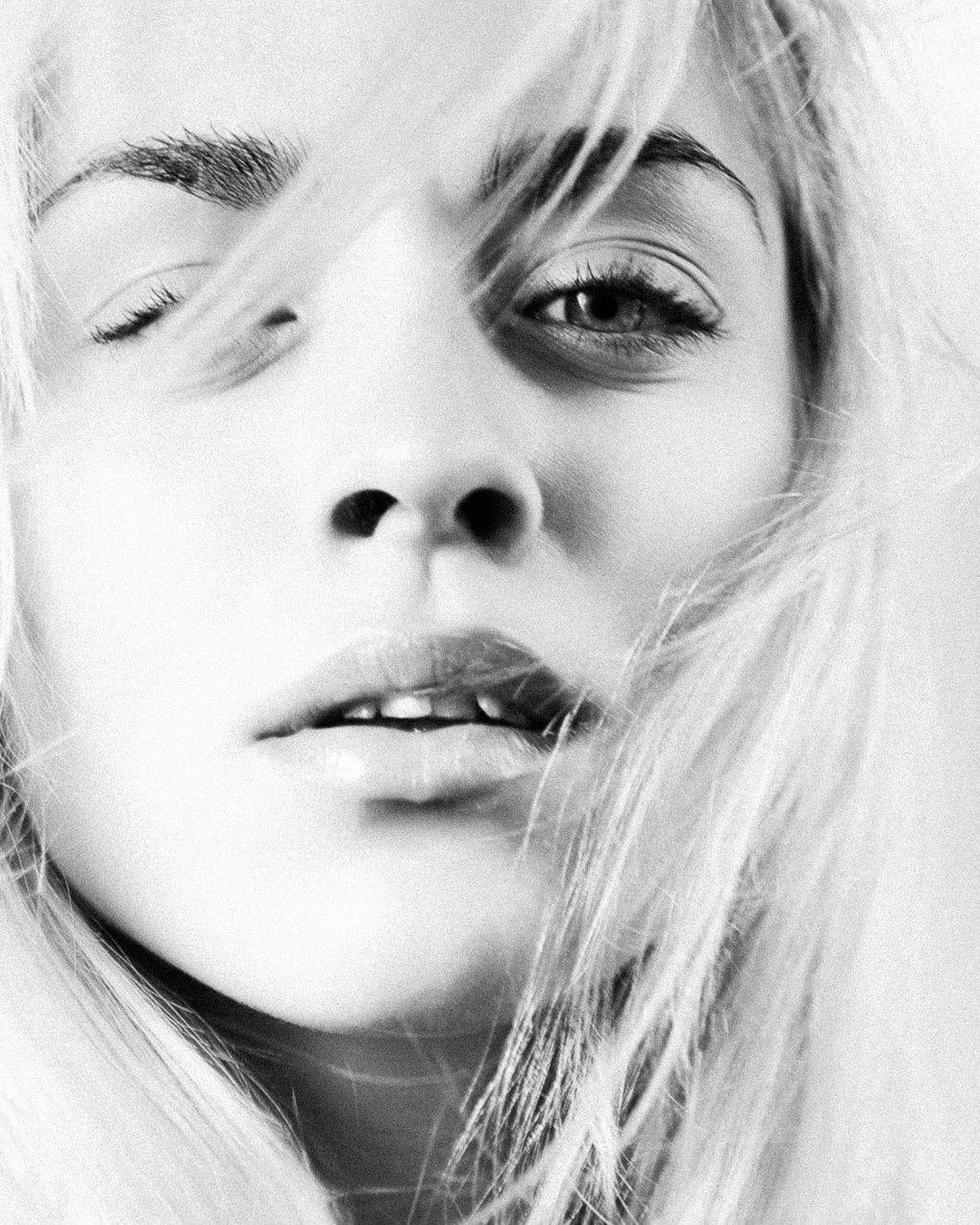 FOLLOW LINK: Rocio Segura Photography - Portraits http://www.rociosegura.es/portraits#6 via format.com