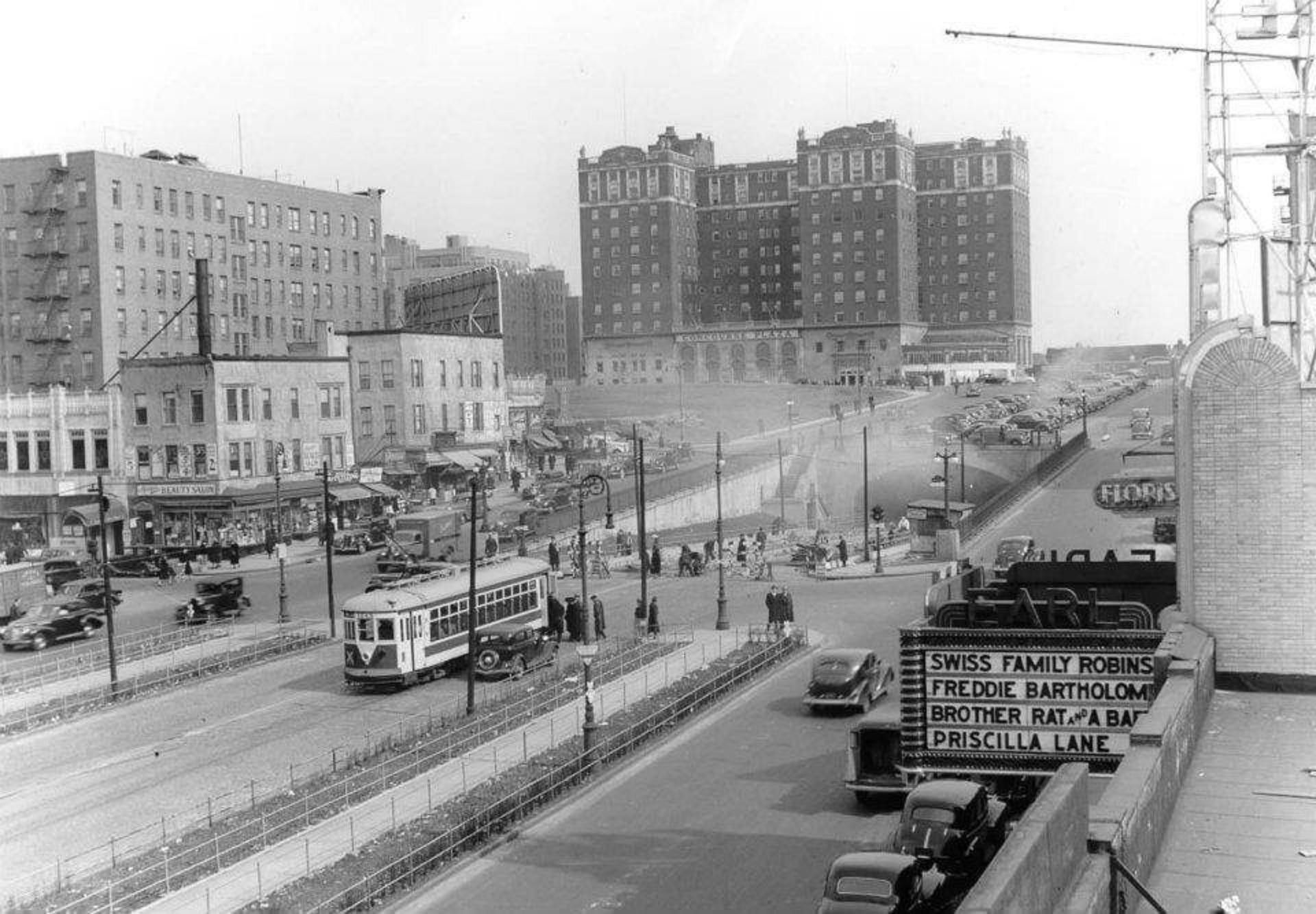 161st Street facing Grand Concourse 1930's.