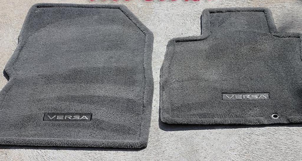 nettoyez les si ges et les tapis de voiture avec cette. Black Bedroom Furniture Sets. Home Design Ideas