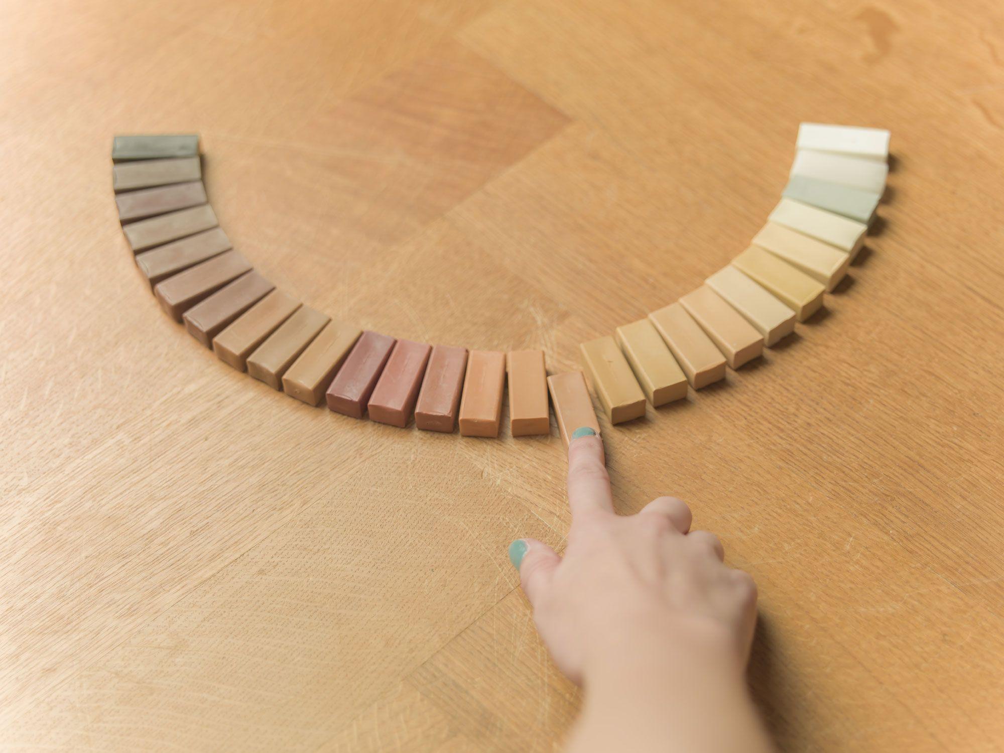 Krassen in houten vloer repareren v l o e r