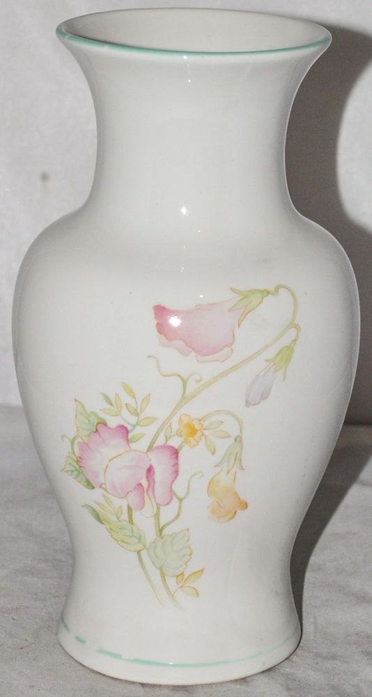 Sadler Flower Design 8 Inch Tall Pottery Vase Made In England