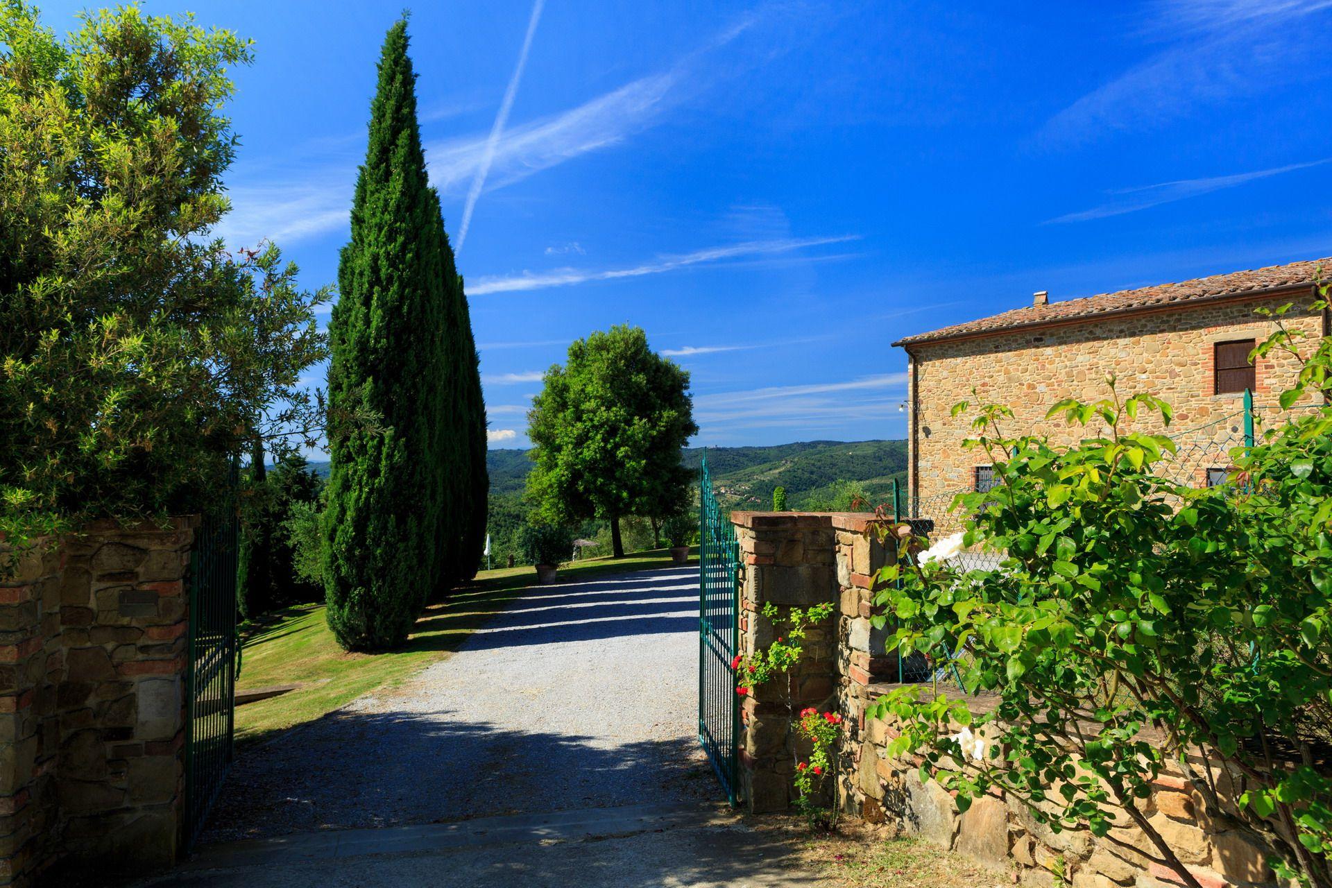 Benvenuti all' #agriturismo Camperchi! Welcome to Camperchi #agritourism!