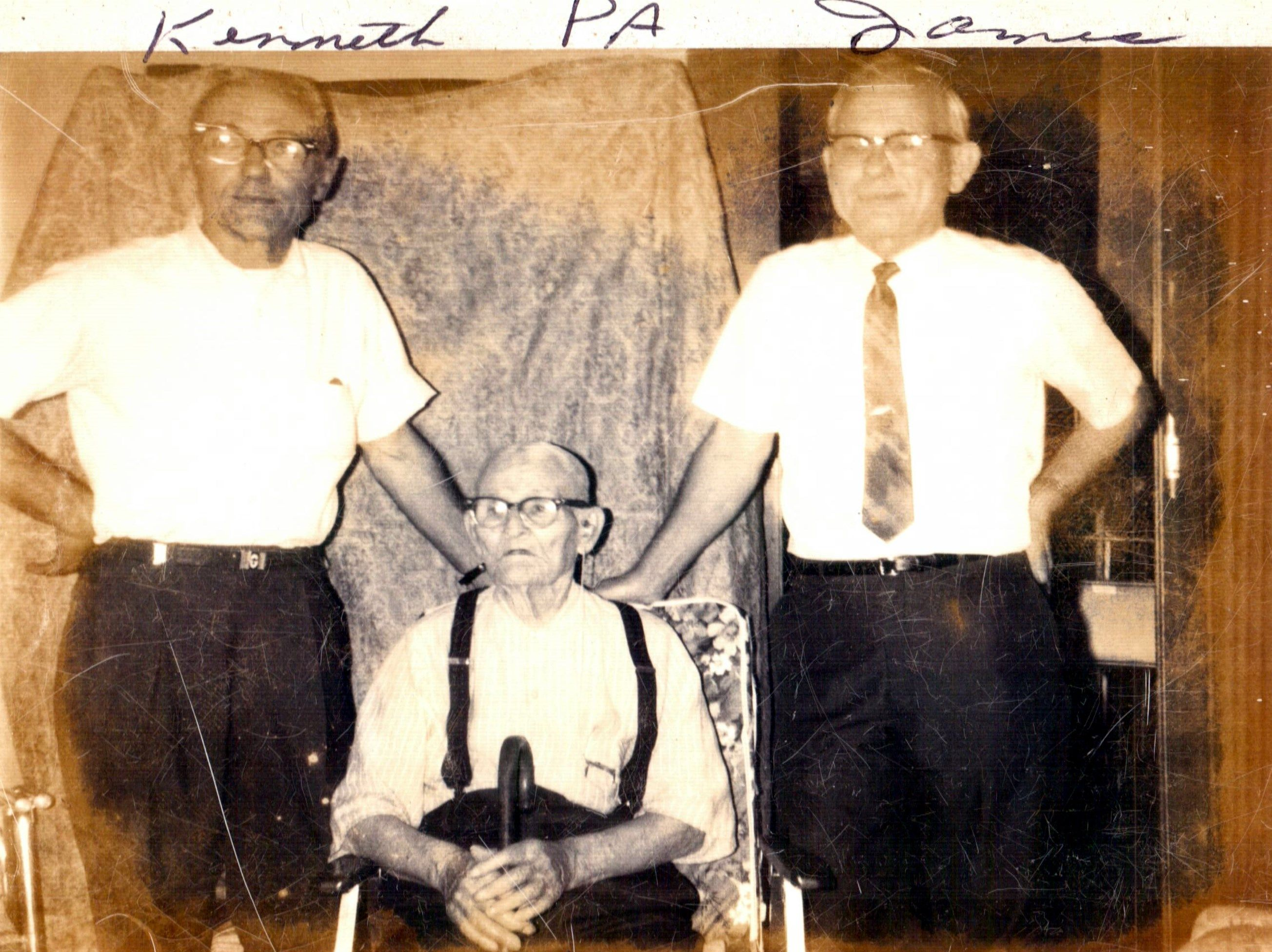 Prince Albert Leckbee Center With His Sons Kenneth And James Prince Albert Was 90 When He Died He Was A Man Of Short Stature But Had Prince Albert Geneology