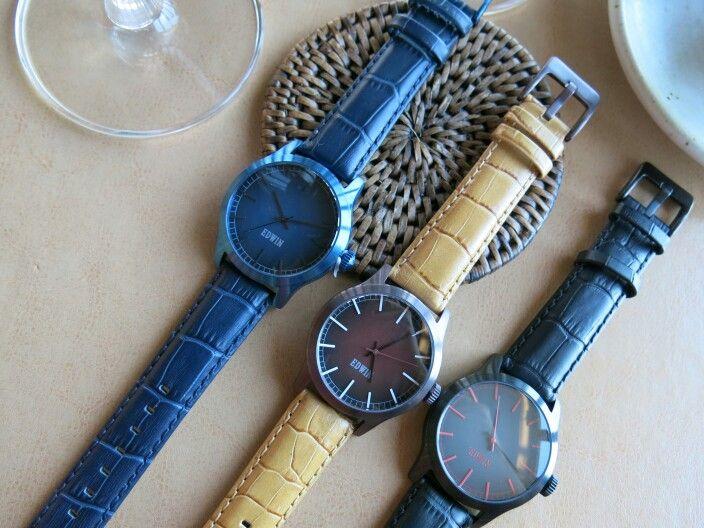 ขาย Edwin Watch รุ่น unitex ตัวเรือน Stainless Steel  สายหนัง ราคาปกติเรือนละ 3750 บาท ขายเพียงเรือนละ 2000 บาท ส่งฟรี สนใจติดต่อ bluemoon_179@hotmail.com http://www.zlabwatch.com/edwin