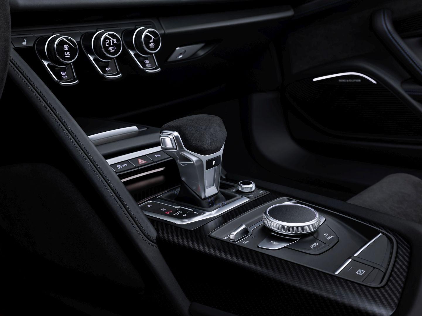 AUDI R8 Coupe specs & photos 2018, 2019, 2020 Audi r8