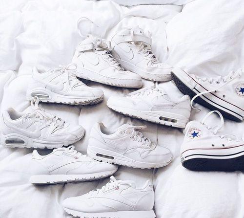 All white ⚪️
