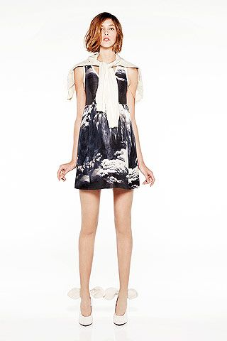 Carven SS 2011. The only thing cuter than the dress are the shoes.