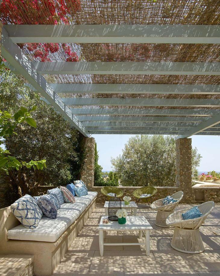 Великолепный роскошный дом с прекрасным видом на Эгейское