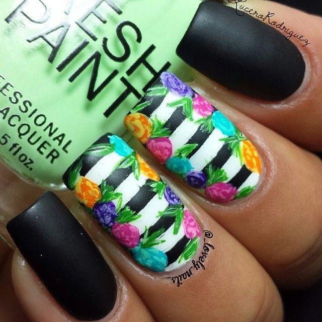 Pin de Lau Mata en Beautiful♥Nails | Pinterest | Uñas con rayas ...