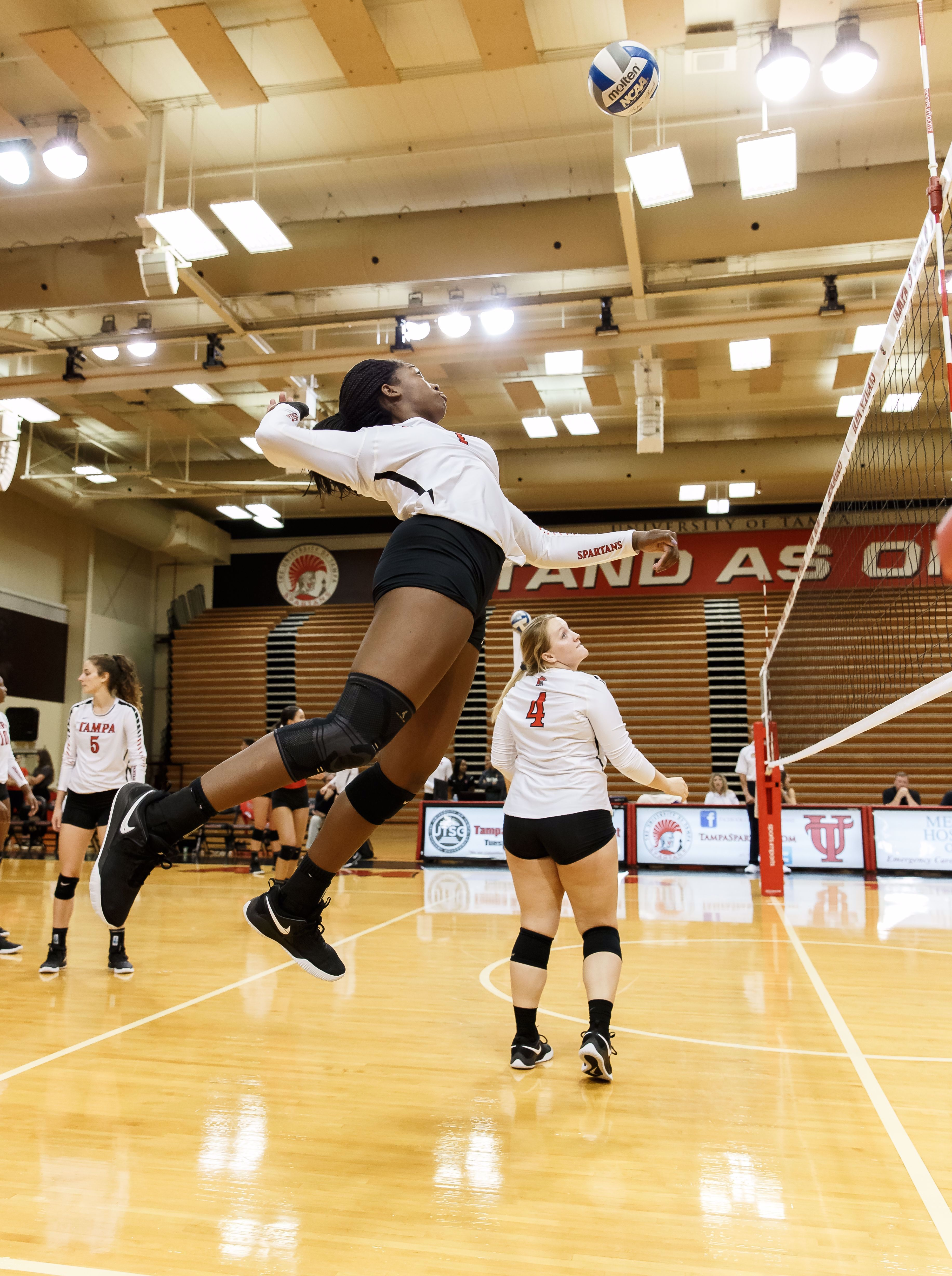 Women S Volleyball Women Volleyball Sport Volleyball Volleyball Photography