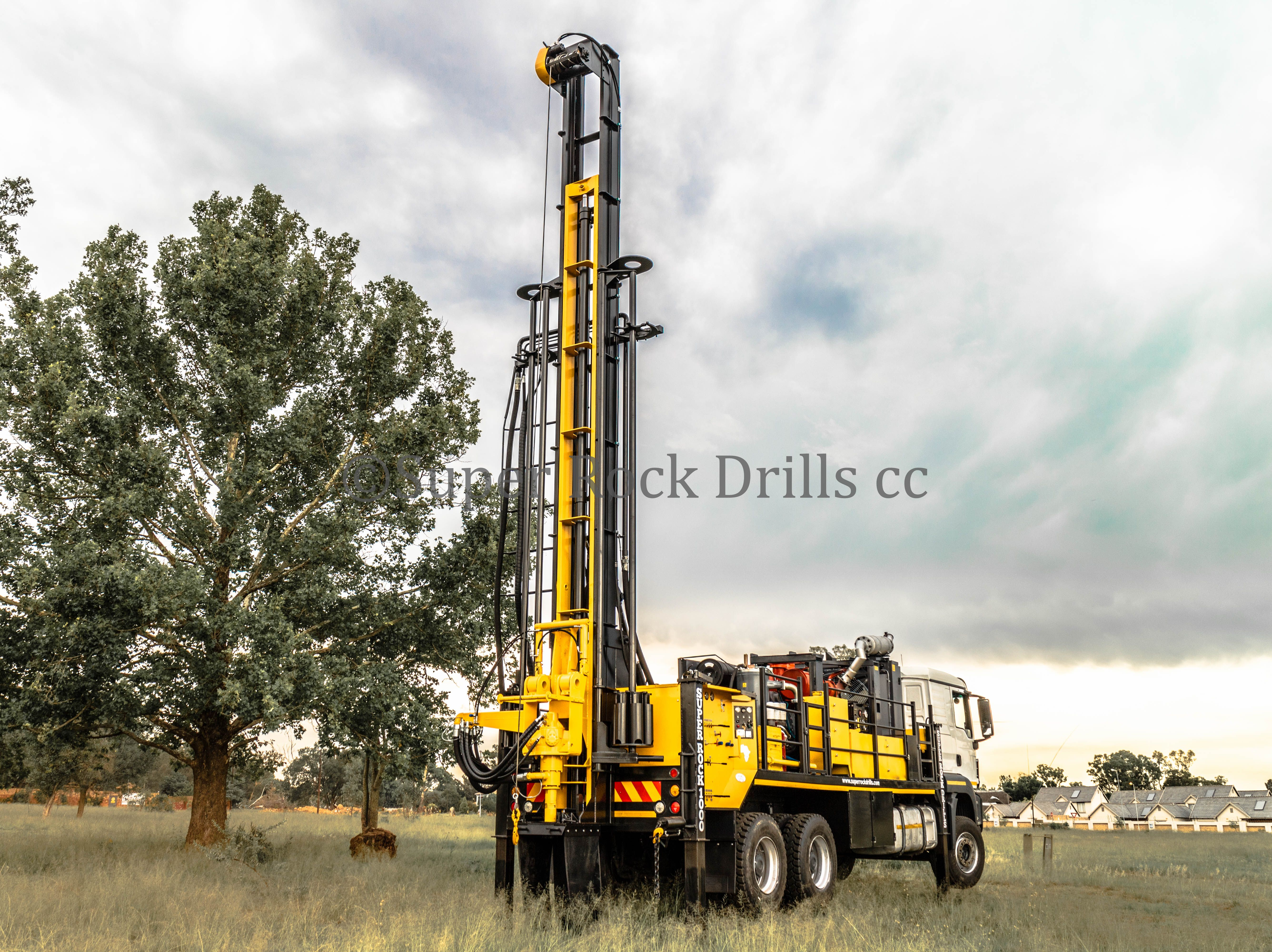 A Super Rock 1000 Water Well Drill Rig Manufactured By Super Rock Drills Cc Drilling Rig Water Well Drilling Drill