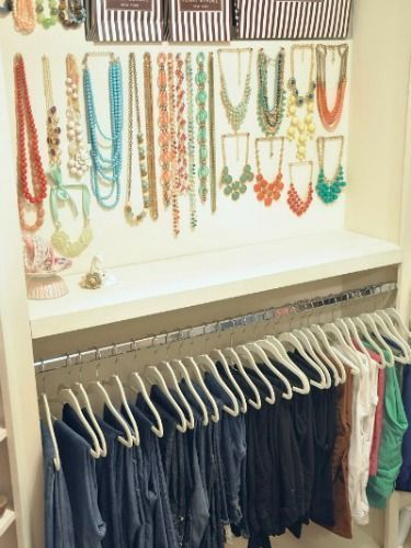 How To Organize Your Closet Clothing By Color