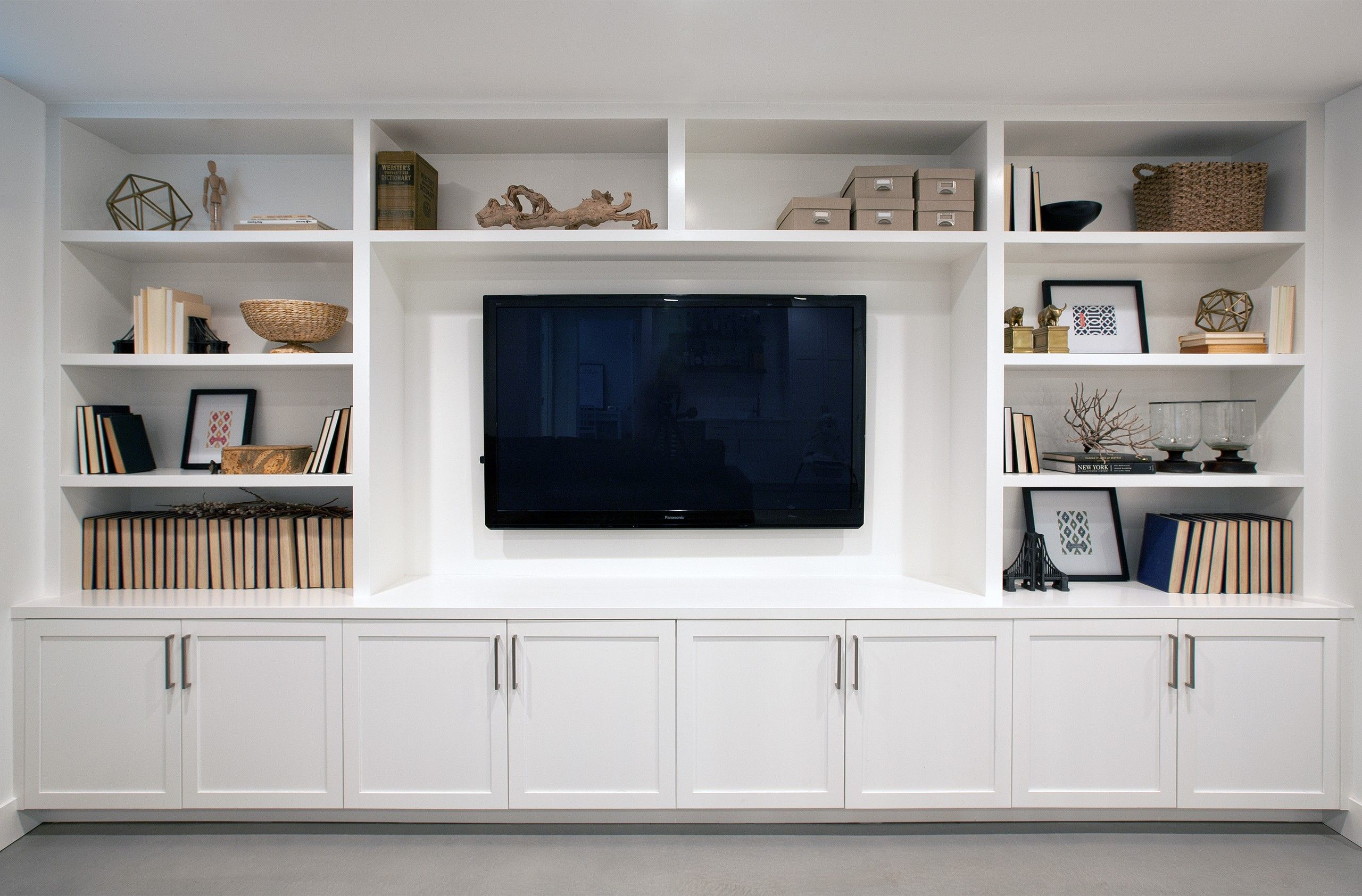 Family Room Built In Cabinets