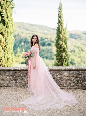 Angelina Androsova is the author of dream dresses «Dream & Dress». Her dresses are hand-tailored in Russia with love! Delicate, feminine, airy bride dresses inspire her very much. Please conta…